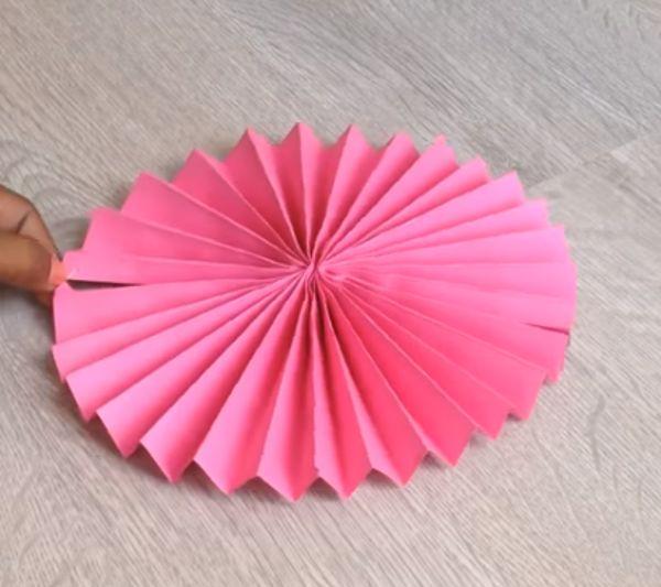 paper rosettes making